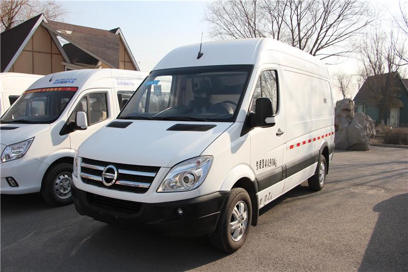 2015款NJL5040XXYBEV型纯电动厢式运输车