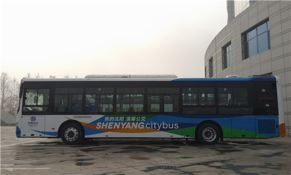 中通LCK6126PHENV插电式混动公交.jpg